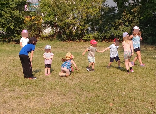 active play in the park